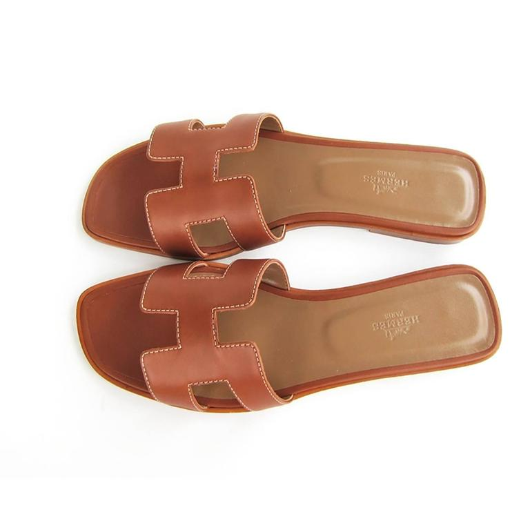 Hermes Gold Oran Box Leather Sandals Shoes Size 40 or 3.9 Iconic 2