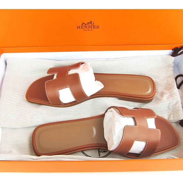 Hermes Gold Oran Box Leather Sandals Shoes Size 40 or 3.9 Iconic 5