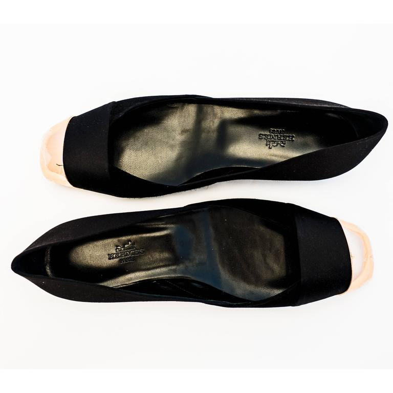 Hermes Ladies' Satin Suede Ballerina Flat Shoes 40 or 9.5 or 10 Below Retail In New Never_worn Condition For Sale In New York, NY