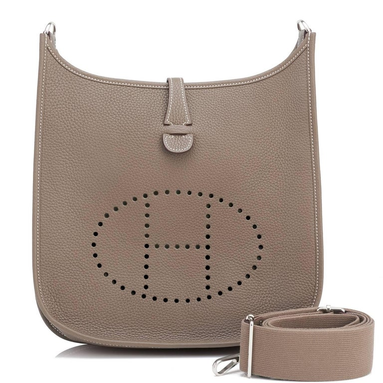Hermes Etoupe Evelyne PM Taupe 29cm Messenger Shoulder Bag For Sale 3
