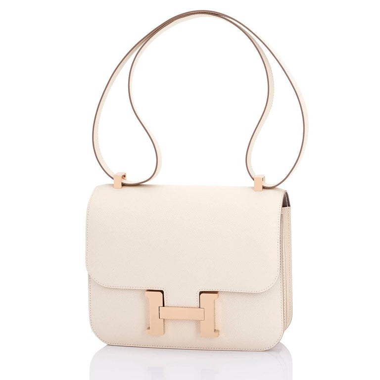 Hermes Constance MM 24 Bi-Color Craie Etain HSS Horseshoe Rose Gold Shoulder Bag In New Condition For Sale In New York, NY