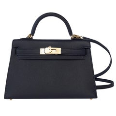 Hermes Kelly 20cm Black Limited Edition VIP Epsom Gold Shoulder 4-Way Bag