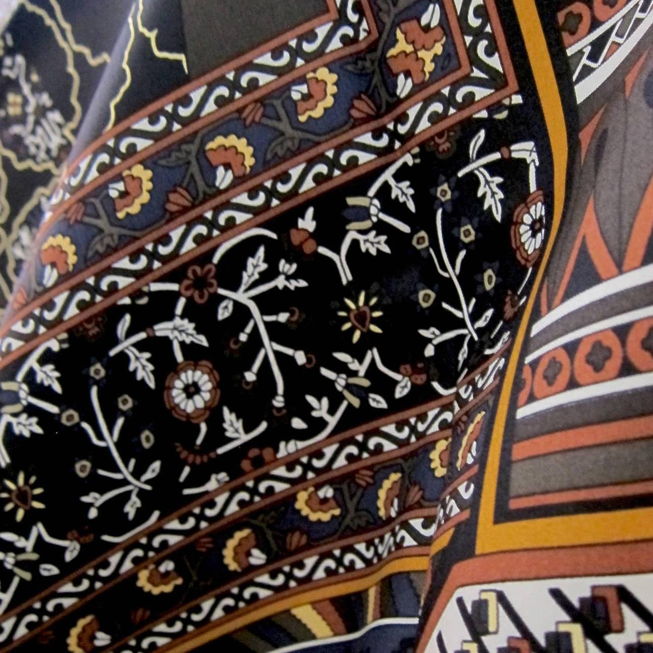 hermes tapis persans giant silk gm neutral shawl scarf 140cm grail at 1stdibs. Black Bedroom Furniture Sets. Home Design Ideas