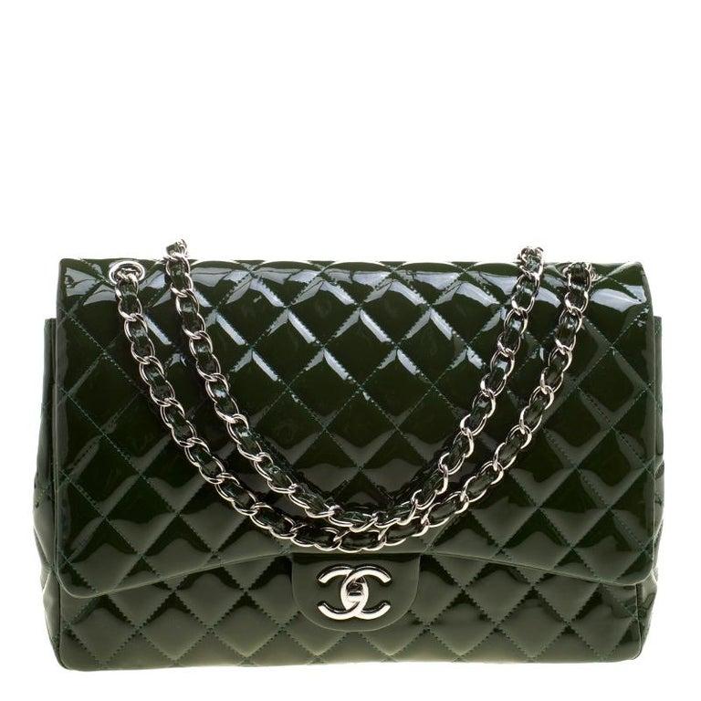b6f7c8f9a2650 Chanel Grüne Gestepptes Lackleder Maxi Klassisch Doppelumschlag Tasche 1