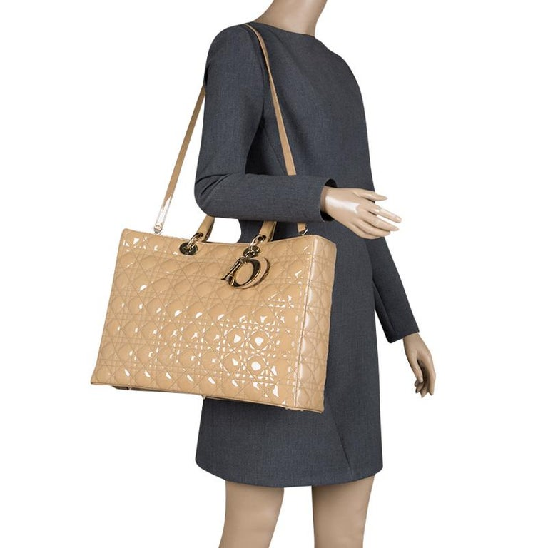 Dior Beige Patent Leather Extra Large Lady Dior Tote In Excellent Condition  For Sale In Dubai 27d5483ab56fd