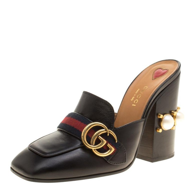 744ae3be9e38 Gucci Black Leather Peyton GG Web Detail Faux Pearl Studded Mules Size 37.5  For Sale