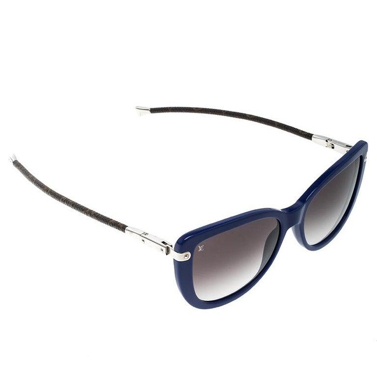 9a934340c0 Louis Vuitton Blue Black Gradient Z0745W Charlotte Sunglasses at 1stdibs
