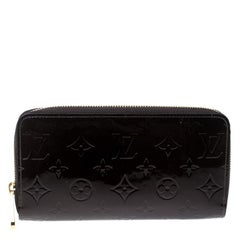 Louis Vuitton Amarante Monogram Vernis Zippy Wallet