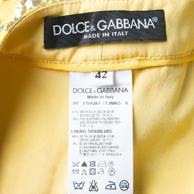 Dolce and Gabbana Yellow Lurex Floral Jacquard Cropped Pants M In Excellent Condition For Sale In Dubai, AE