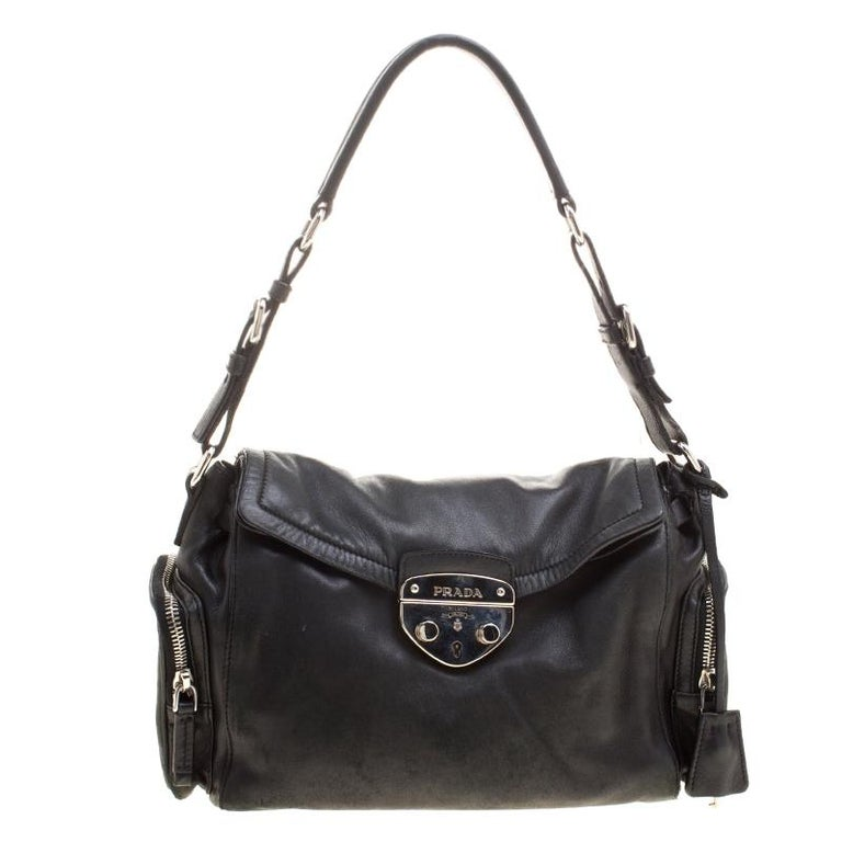 ed1b6145a1 Prada Black Leather Antic Easy Pushlock Shoulder Bag For Sale at 1stdibs