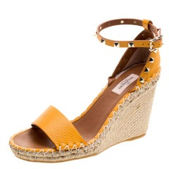 Valentino Tangerine Orange Leather Rockstud Espadrille Wedge Sandals Size 38