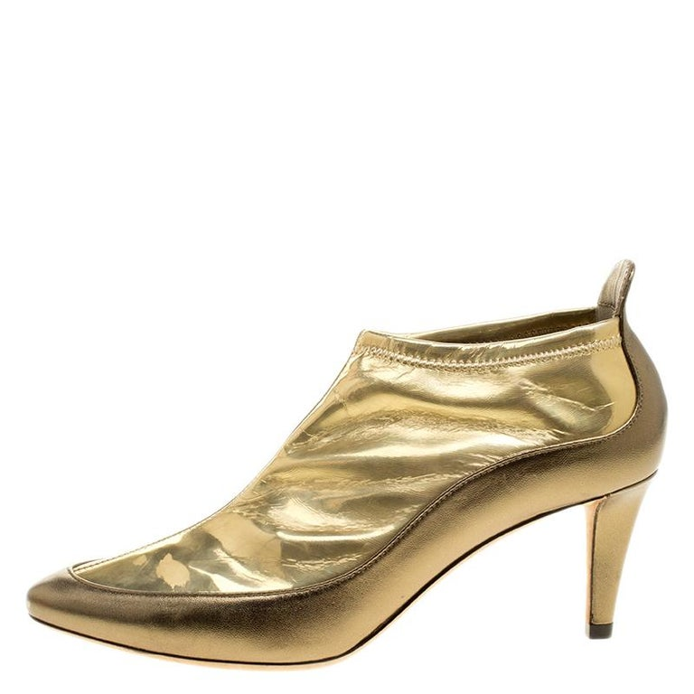 Jimmy Choo Metallic Gold Leather and PVC Dierdre Ankle Boots Size 37 In New Condition For Sale In Dubai, AE