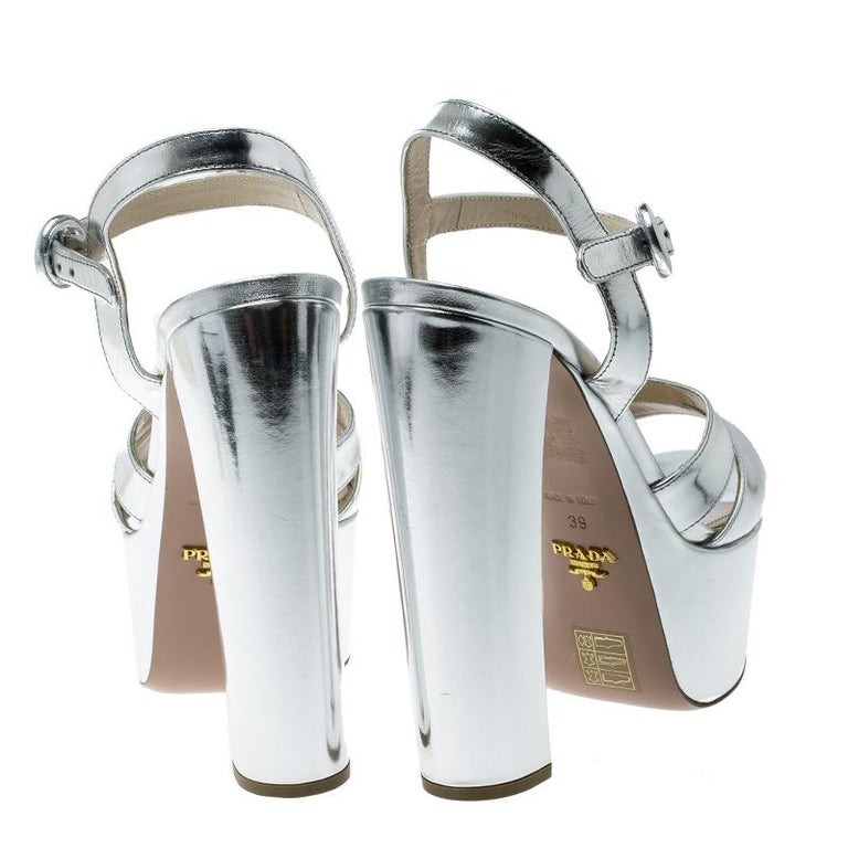 d03056689e Prada Metallic Silver Leather Peep Toe Platform Sandals Size 39 In Good  Condition For Sale In