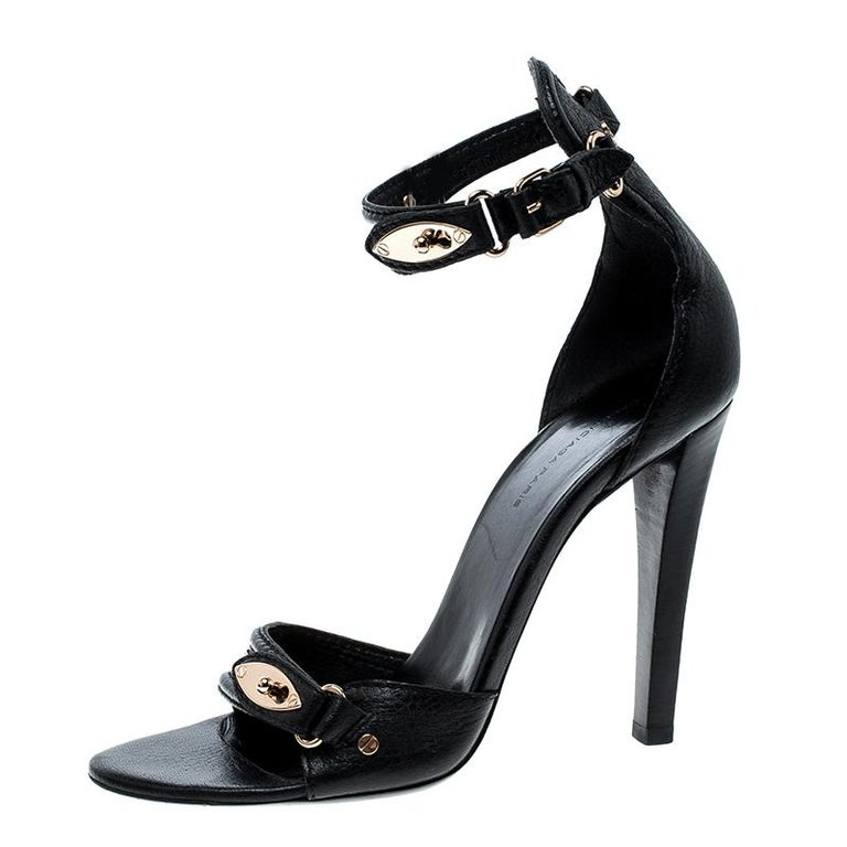 Balenciaga Black Leather Buckle Detail Ankle Strap Open Toe Sandals Size 38 For Sale 1
