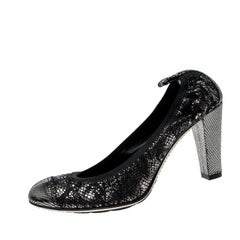 Chanel Metallic Silver and Black Fabric Scrunch Pumps Size 36