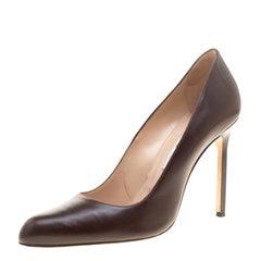 Manolo Blahnik Brown Leather Round Toe Pumps Size 40
