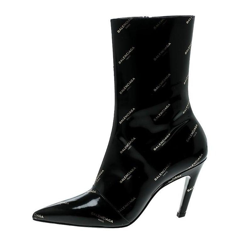 StartseiteModekleidungSchuhe. Balenciaga schwarzes Lackleder ganz Logo  Schlitz Absatz Stiefeletten Gr. 36 1 27c0f57ba2