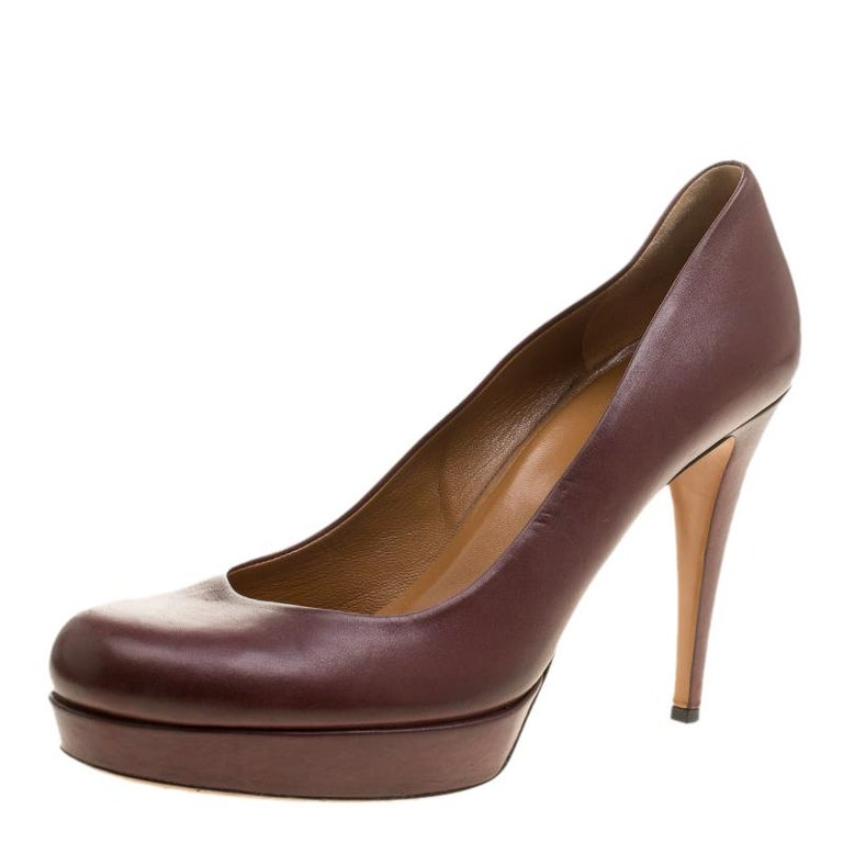 a76a9230e9c Gucci Maroon Leather Charlotte Platform Pumps Size 41 at 1stdibs