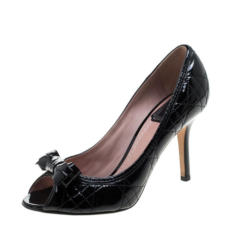 633efebd114 Christian Dior Black Patent Cannage Leather Bow Peep Toe Pumps Size 36.5  For Sale