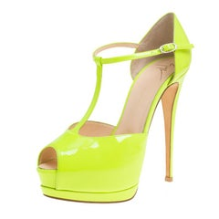 Giuseppe Zanotti Neon Green Patent Leather T-Strap Platform Peep Toe Sandals Siz