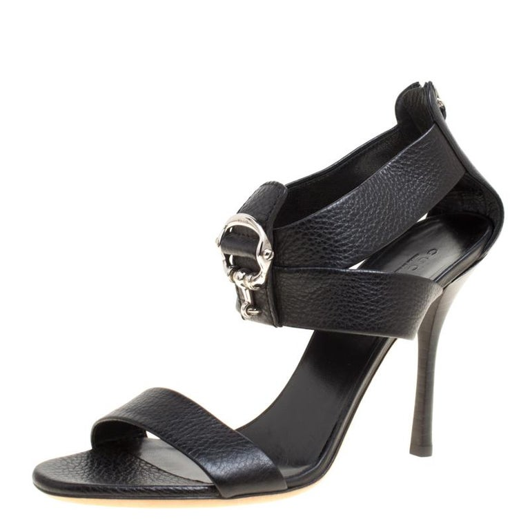 335fc44a8 Gucci Black Leather Dahlia Bamboo Heel Thong Sandals Size 40.  HomeFashionClothingShoes. Gucci Black Leather Sandals Size 39.5 For Sale