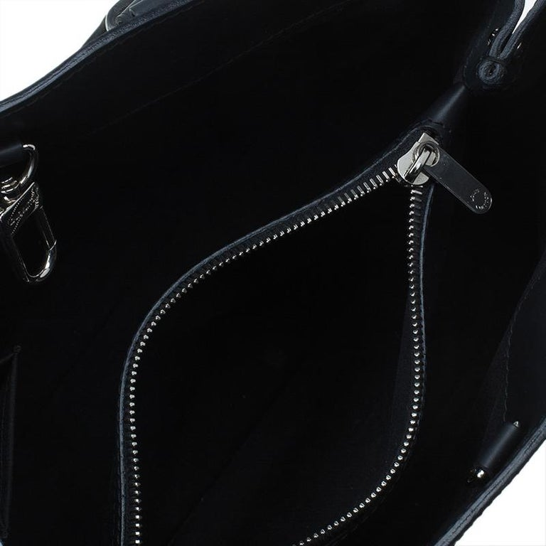8d8f2c0d9b5 Louis Vuitton Black Epi Leather Passy PM Bag at 1stdibs