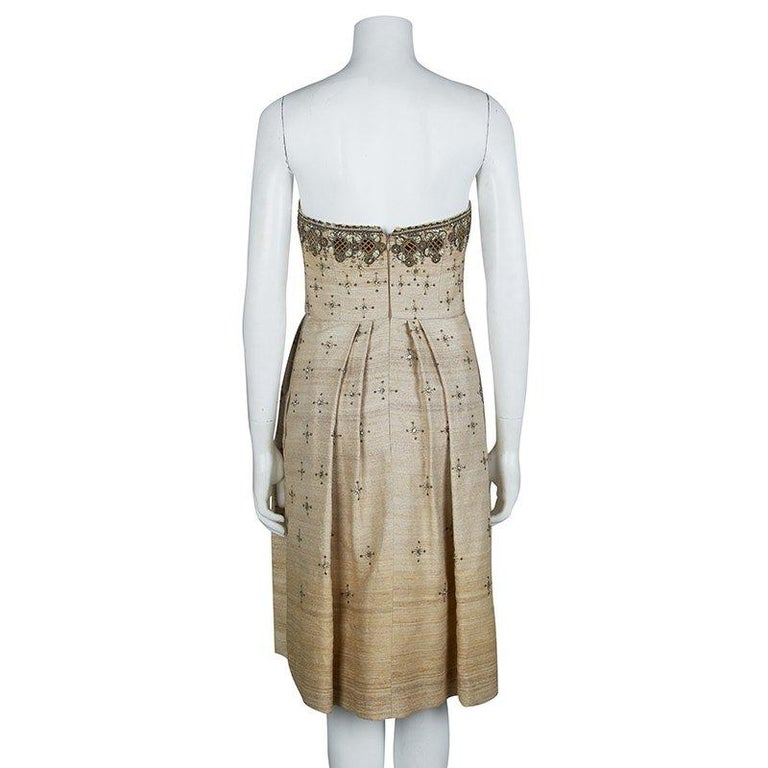 Carolina Herrera Beige Ombre Raw Silk Embellished Strapless Dress M In New Condition For Sale In Dubai, AE