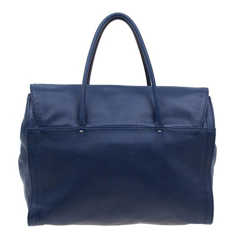 Chic And Practical This Carolina Herrera Tote Will Add A Touch Of Elegance To Your