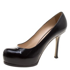 Yves Saint Laurent Black Pebbled Leather Tribtoo Pumps Size 37.5