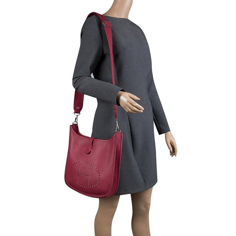 Brown Hermes Rouge Garance Clemence Leather Evelyne III PM Bag For Sale 51ce5b20cd