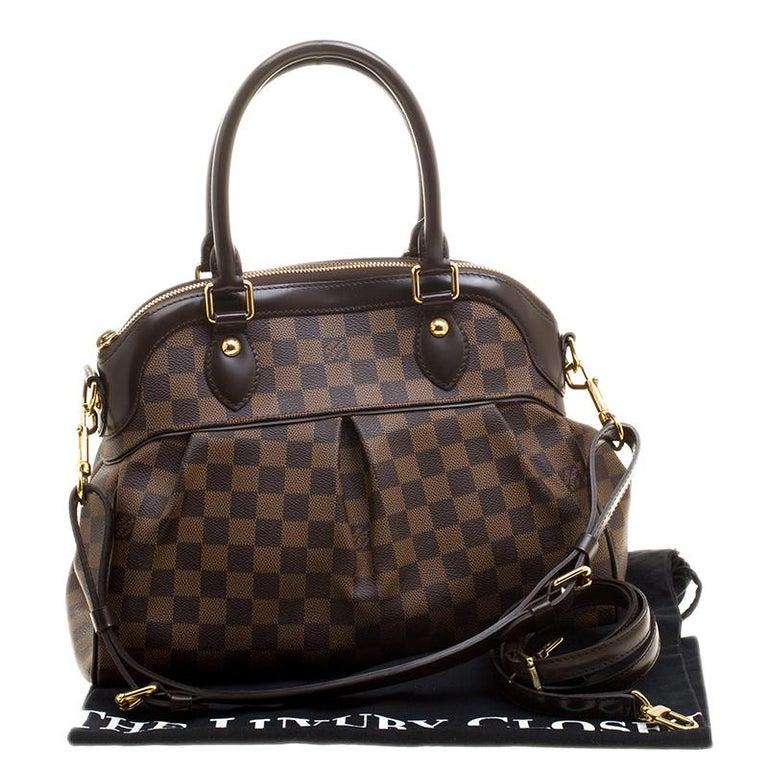 4a4182fb7976 Louis Vuitton Damier Ebene Canvas Trevi PM Bag at 1stdibs