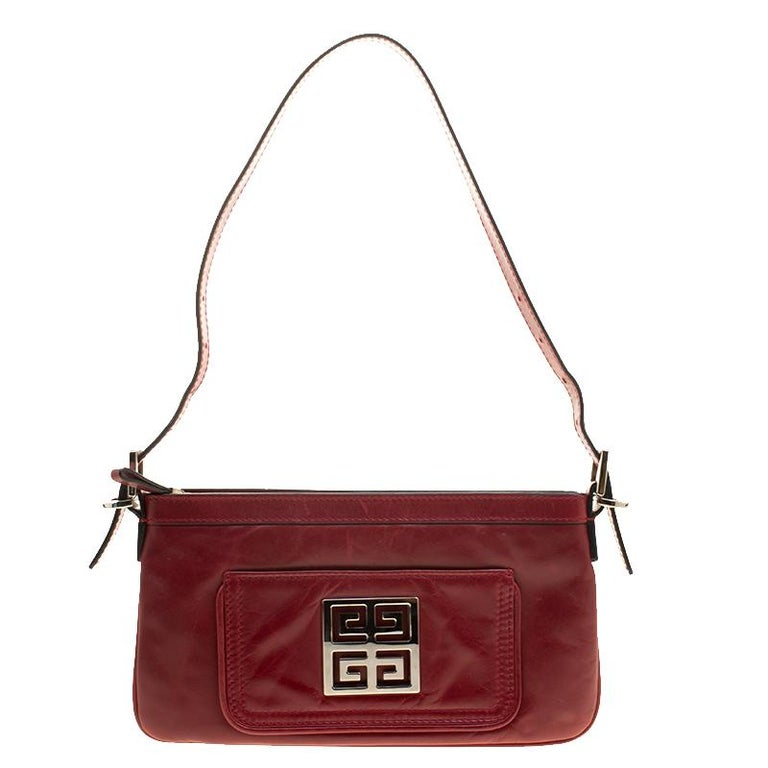 Givenchy Red Leather Logo Shoulder bag In Good Condition For Sale In Dubai 4b8b82d9ac076