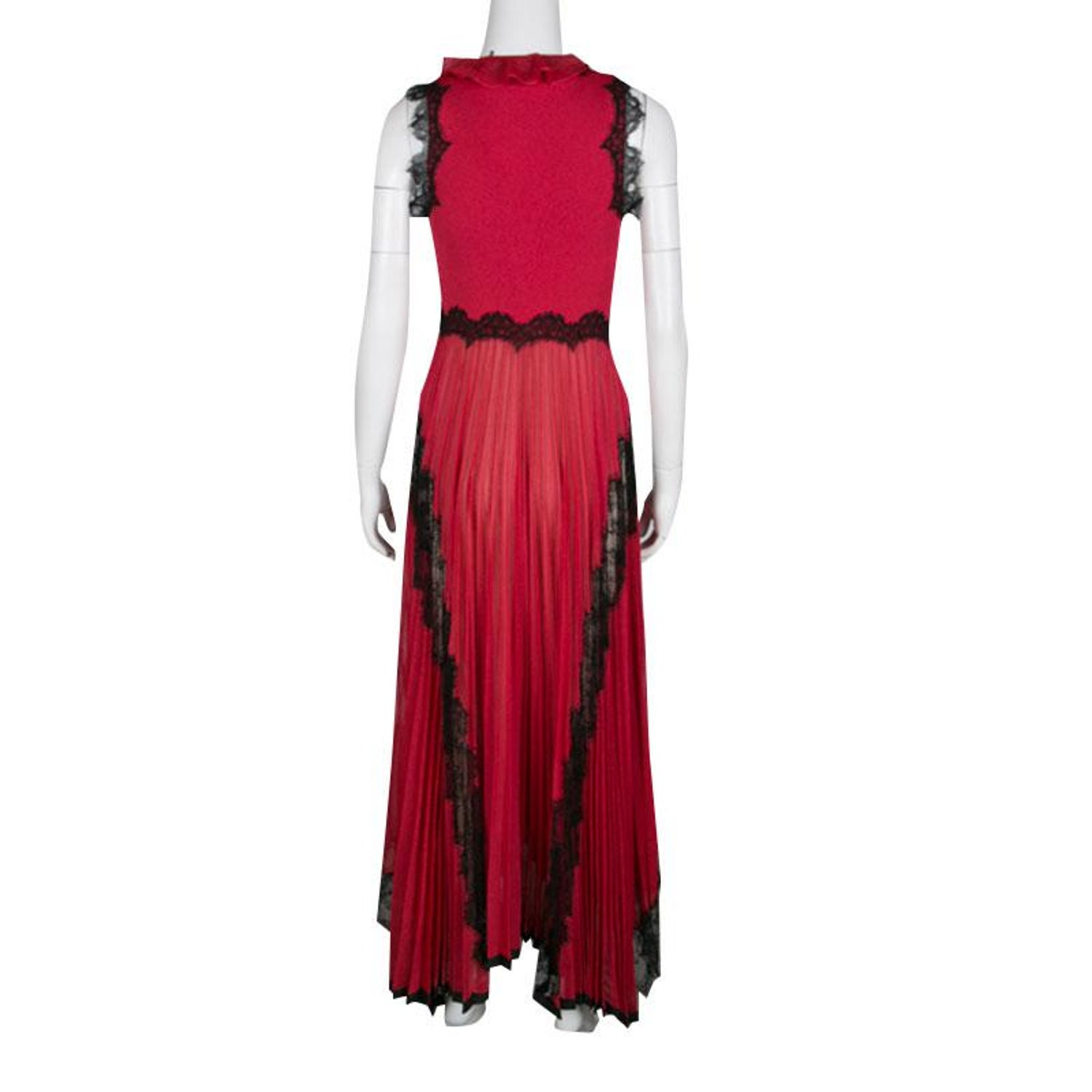 314a5634d31 Gucci Red Lurex Knit Contrast Lace Ruffle and Pleat Detail Sleeveless Gown  S at 1stdibs