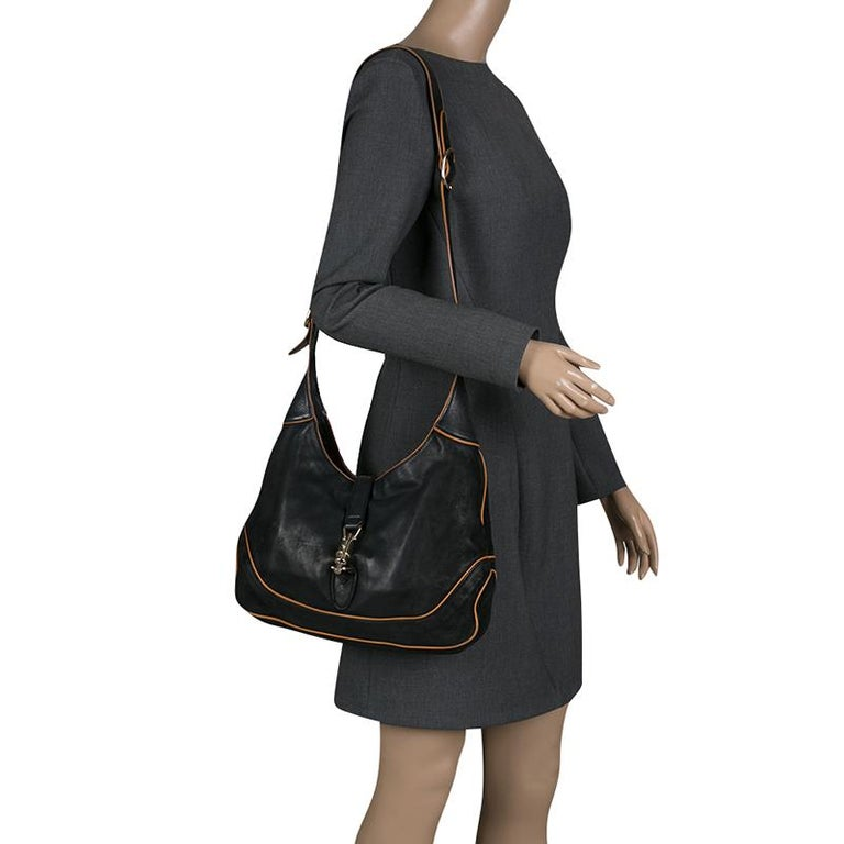 Gucci Black Leather New Jackie Shoulder Bag In Good Condition For Sale In Dubai, AE