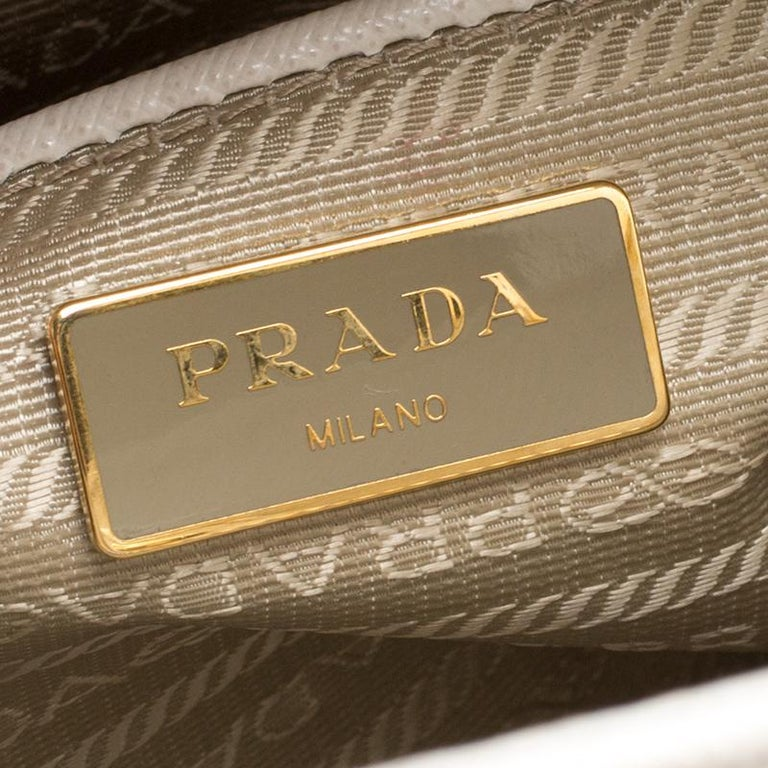 f7043c00712d Prada Off White Saffiano Lux Leather Promenade Tote at 1stdibs