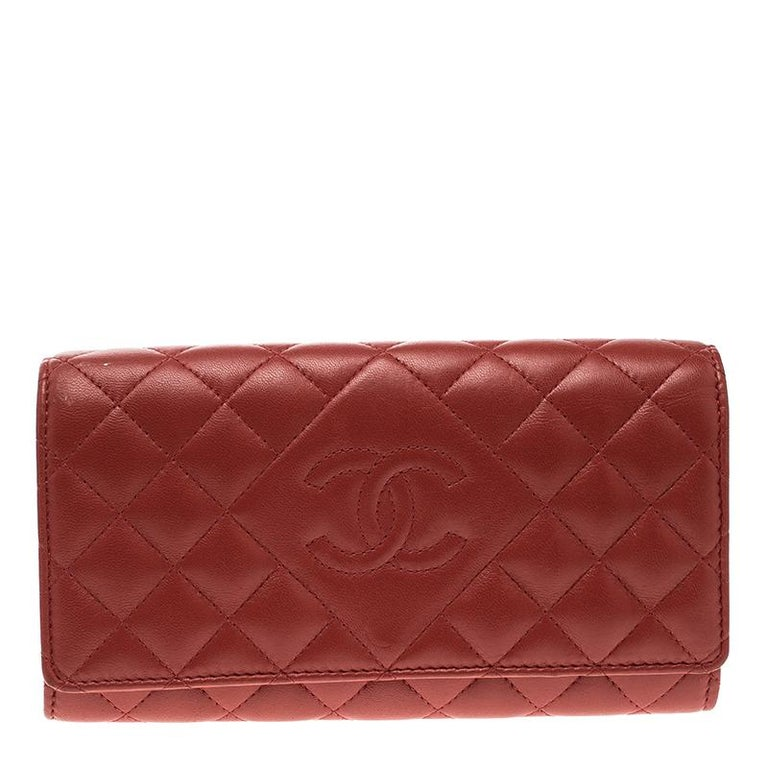 2399f385656a Chanel Red Quilted Leather CC Continental Wallet at 1stdibs