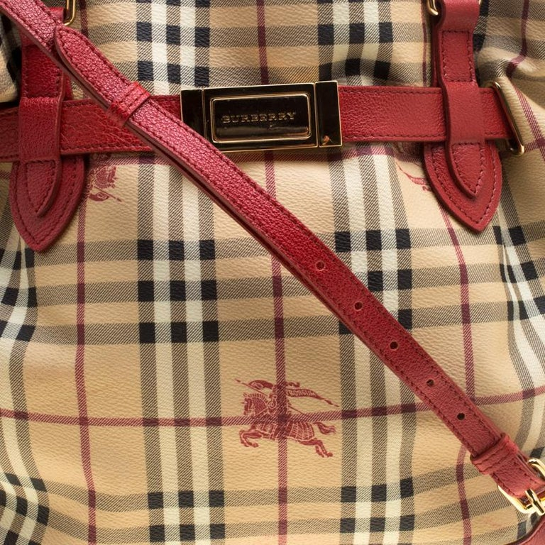 8c195d3125c Burberry Beige Red Haymarket Check PVC and Leather Medium Golderton Tote  For Sale 6