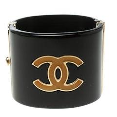 Chanel CC Black Resin Yellow Enamel Gold Tone Wide Cuff Bracelet 17cm