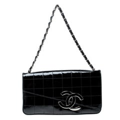 Chanel Black Chocolate Bar Patent Leather CC Logo Chain Clutch