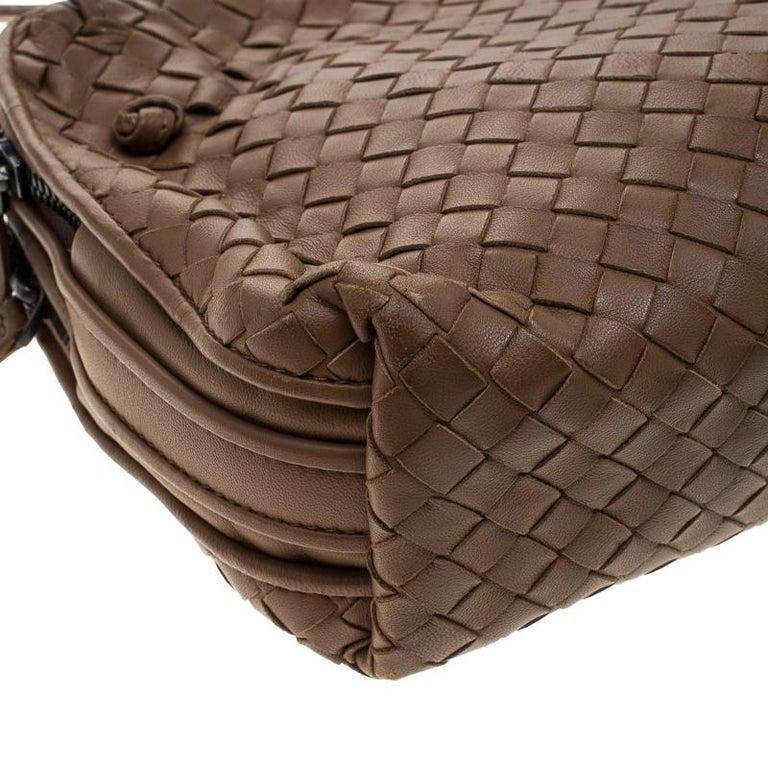 Bottega Veneta Brown Intrecciato Nappa Leather Double Zip Crossbody Bag For  Sale 3 8f50b0b3f2158