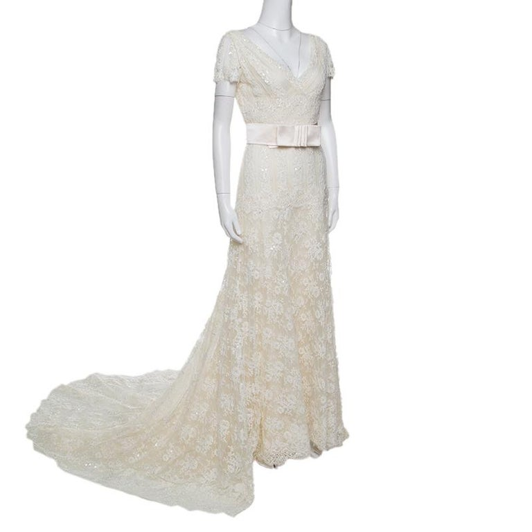 1c9d806e1f79 Gray Valentino Sposa Cream Floral Beaded Lace Hesperides Sheath Wedding Gown  M For Sale