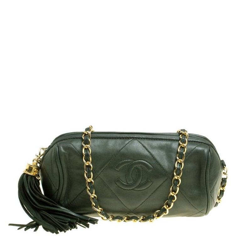 ecbb70356ba9 Women s Chanel Dark Green Quilted Leather Vintage Shoulder Bag For Sale