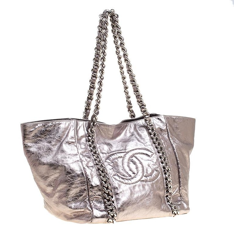 99734e729207 Women s Chanel Gun Metal Leather Modern Chain East West Tote For Sale