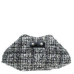 Alexander McQueen Monochrome Fabric Medium Faithful De Manta Clutch