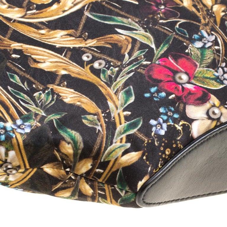 Alexander McQueen Multicolor Printed Fabric Medium De Manta Clutch For Sale 3