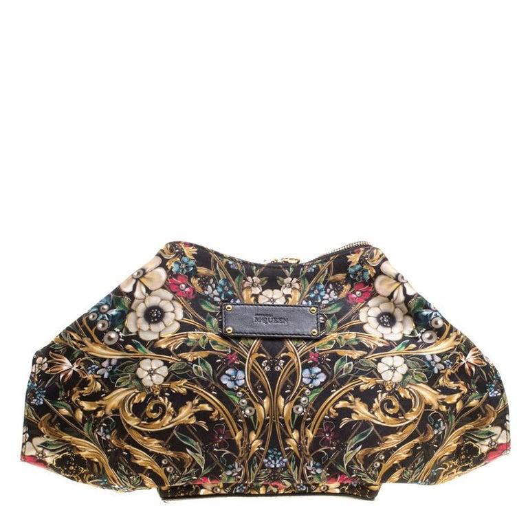 Alexander McQueen Multicolor Printed Fabric Medium De Manta Clutch For Sale