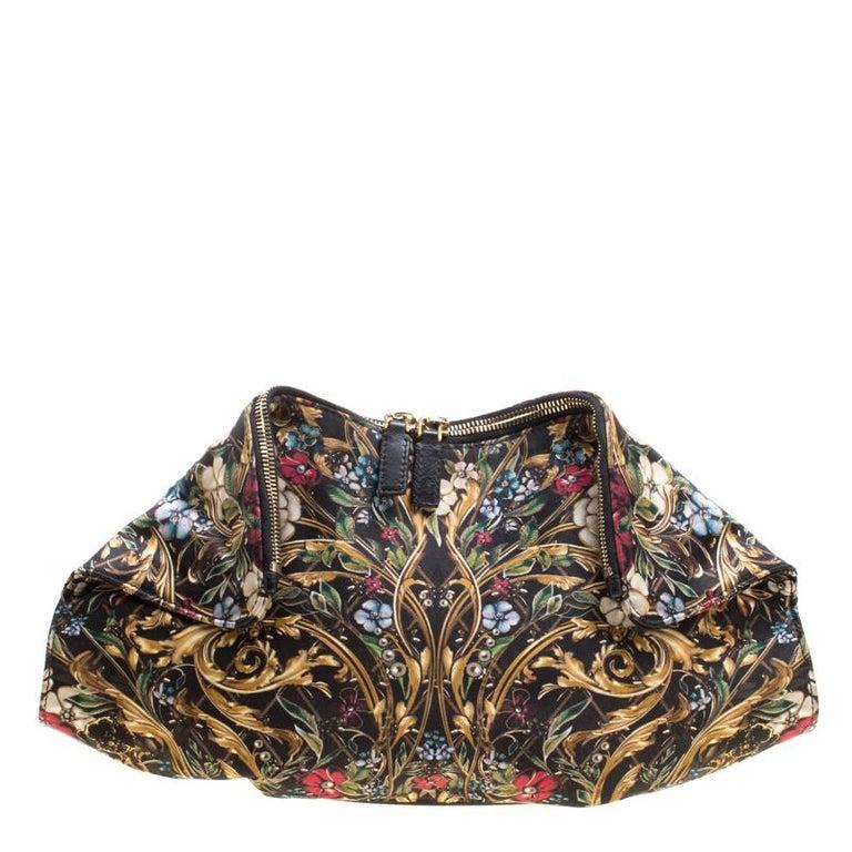 Alexander McQueen Multicolor Printed Fabric Medium De Manta Clutch In Good Condition For Sale In Dubai, AE