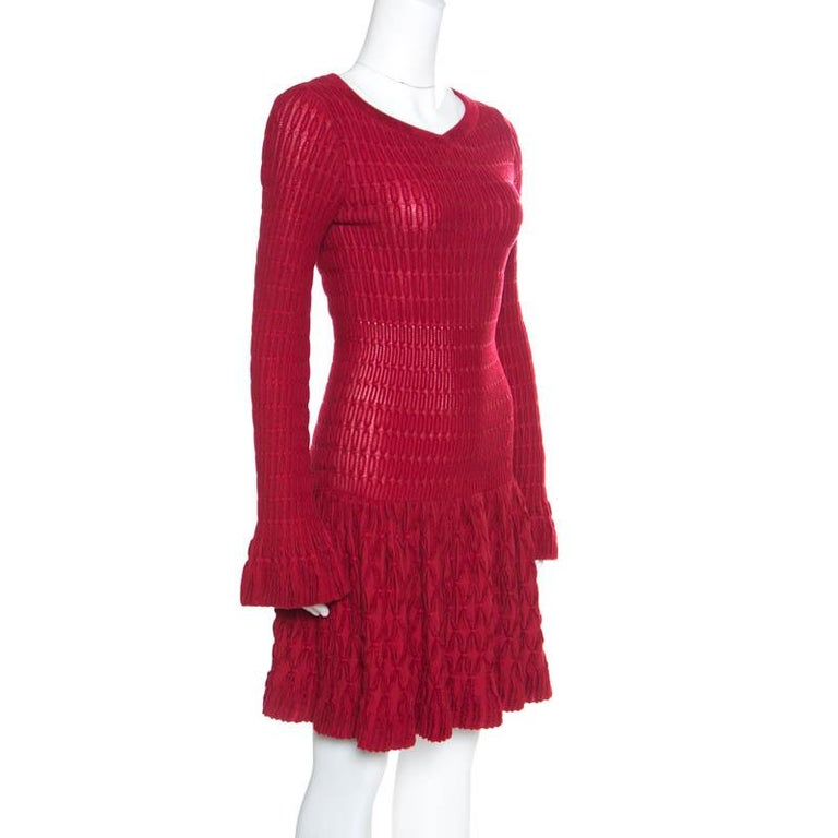 Alaia Red Chenille Wool Patterned Long Sleeve Skater Dress M In Excellent Condition For Sale In Dubai, AE