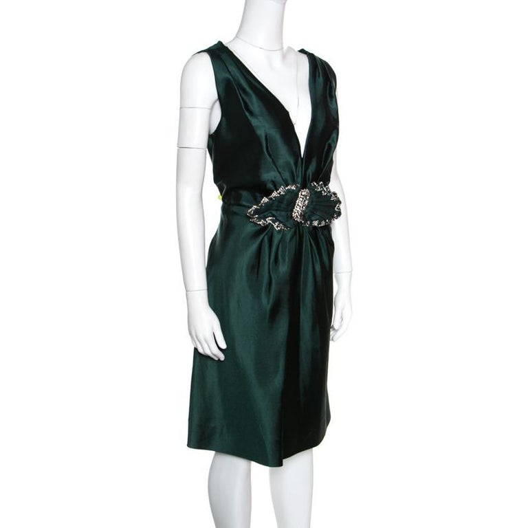 Show up at a celebratory event in this gorgeous Alberta Ferretti dress. Made from blended fabric, this item will be your go-to outfit for any occasion. Wear this green piece with ankle strap sandals for a classy look.  Includes: The Luxury Closet