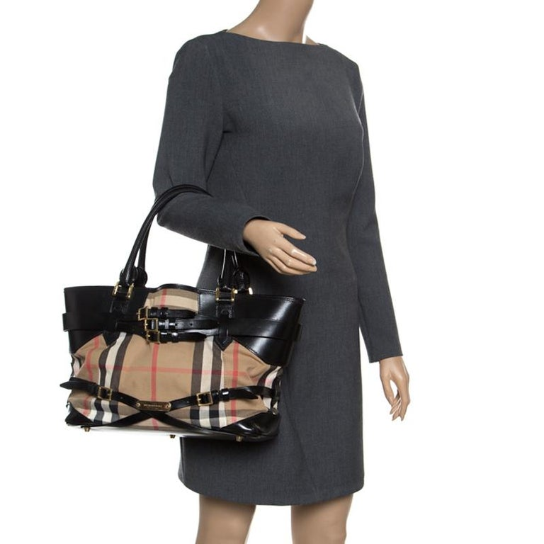 c7a3e91cbe5 Burberry Beige Black House Check Canvas and Leather Medium Bridle Lynher  Tote In Good Condition
